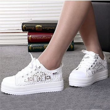 Women shoes fashion summer casual ladies shoes cutouts lace canvas hollow breathable platform flat shoes woman sneakers