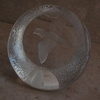 Dove Paper Weight Lead Crystal Sculpture Reverse Carved Mats Jonasson Sweden Vintage 082517CM