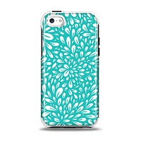 The Teal and White Floral Sprout Apple iPhone 5c Otterbox Symmetry Case Skin Set