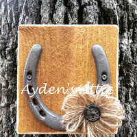 Cedar horshoe wall hanging. Gift of luck. Country decor. Rustic home decor. Cedar sign. Housewarming gift. Country wedding gift