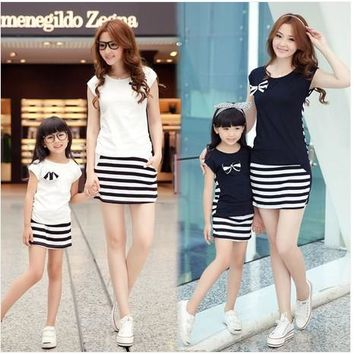 Family clothes for mother and daughter stripe sports skirt set matching mother daughter clothes