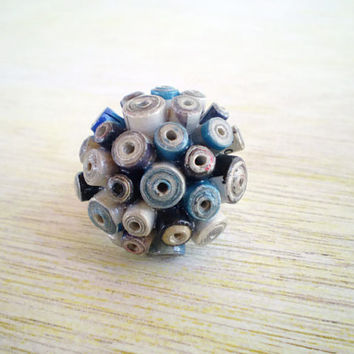 Blue Grey Futuristic Round Paper Bead Ring Paper Jewelry Eco-Friendly Ready to Ship / Στρογγυλό Δαχτυλίδι