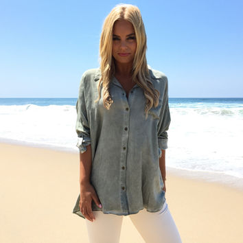 St. Tropez Button Up Blouse In Sage