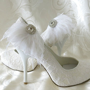 Bridal Feathered Feather Shoe Clips Rhinestone Accents White  Set of 2