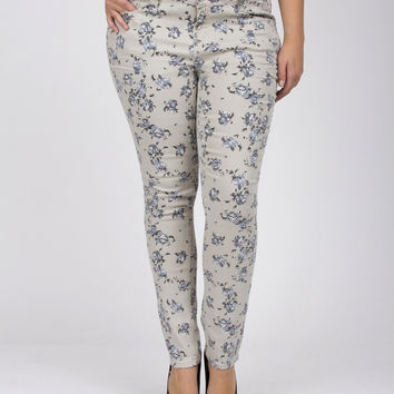 Junior Plus Floral Print Skinny