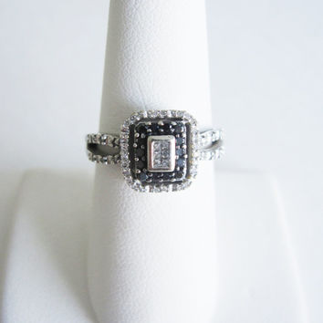 Estate 10k Black & White Diamond 10 karat White Gold Engagement Ring Princess Emerald Cut Diamonds Art Deco halo Wedding Bridal Jewelry