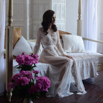 Lace-trimmed Tulle Bridal Robe F10(Lingerie, Nightdress), Ivory Wedding Tulle Bobe with Lace (Honeymoon Sleepwear,Wedding Trousseau)