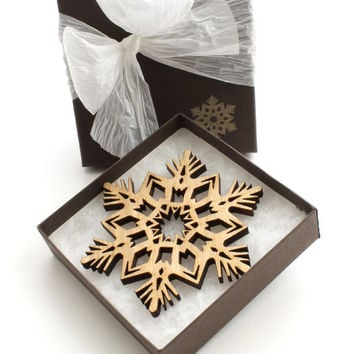 Detailed Wood Snowflake Ornament - Christmas Decor 2012 . Timber Green Woods
