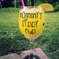 Mommy's Sippy Cup Zebra Bottom Glassware || 20 oz. Wine Glass
