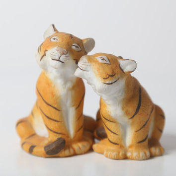 Porcelain Tiger Salt & Pepper Shakers from The Franklin Mint Noah's Ark Collection by Jonathan Goode
