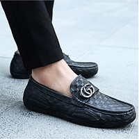 GUCCI 2018 new casual men's shoes fashion driving shoes F0568-1 Black