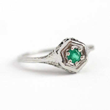 Emerald Filigree Ring - 18k White Gold Art Deco - Vintage Size 5 1/4 Genuine Green Gemstone Fine Flower Engraved Solitaire Jewelry