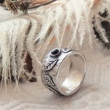 Silpada Retired Rare Sterling Silver Amethyst Raised Engraved Leaf Band Ring Size 8