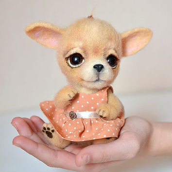 Needle felted chihuahua puppy. Little felt dog. Sweet animal. Funny toy. Birthday gift.