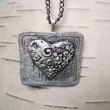 heart necklace pendant-heart necklace-heart pendant-silver heart necklace-art deco necklace-metal heart necklace-art deco jewelry