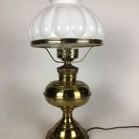 Beautiful Antique Rayo Oil Table Lamp with Glass Shade