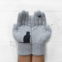 Cat Bird Gloves, Cats, Birds, Pet Lovers, Gray Gloves, Special Gift, Christmas Gift, Holiday Gift, Winter, Gift For Her, Xmas Gift, Animals