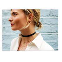 Retro Velvet Choker - Black with Silver Clasp