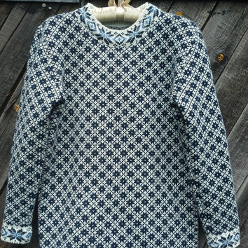 Nordic Wool Women Jumper