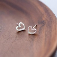 925 sterling silver hollow love heart earrings  E3145