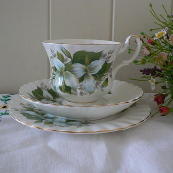 Royal Albert 1970's Vintage bone china tea trio Trillium pattern