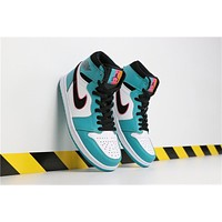 Air Jordan 1 Mid South Beach AJ1 Retro