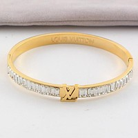 LV Louis Vuitton New Popular Women Personality Stainless Steel Crystal Bracelet Jewelry Golden I-HLYS-SP