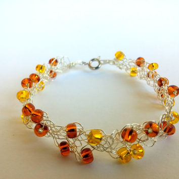 FREE SHIPPING Wire crochet bracelet with glass beads: Honey