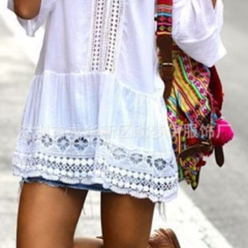 Loose Patchwork Lace Trumpet Long-Sleeved Mini Dress