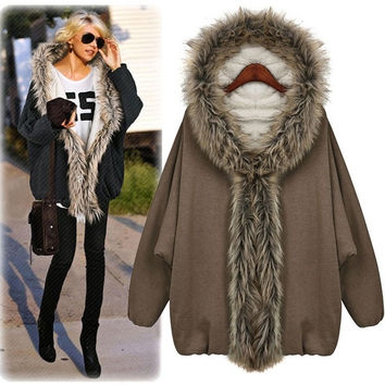 Trendy Mink Fur Collar Batwing Cape Poncho Cloak Hoody Woman Outwear Coat Jacket F_F = 1902775108