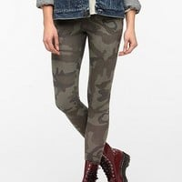 BDG Camo High-Rise Legging