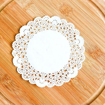 "200pcs 4""=115mm White Round Lace Paper Doilies / Doyleys,Vintage Coasters / Placemat Craft Wedding Christmas Table Decoration"