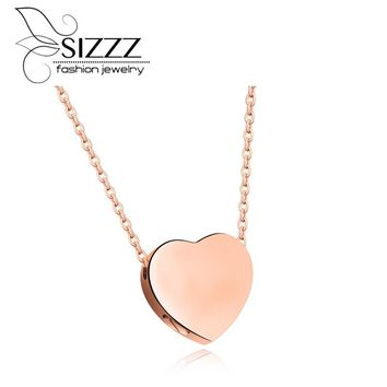 SIZZZ Girls love peach heart-shaped commemorative pendant Titanium steel necklace can be loaded with small things