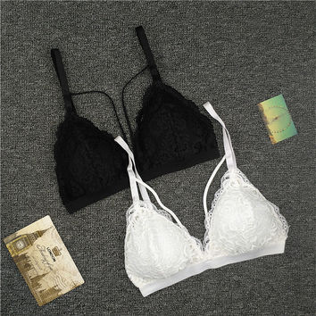 2017 Strap Lace Sexy Women Casual Lace Bralette Padded Bra Stretch Sleeping brassiere Fashion Elastic band wireless bra top
