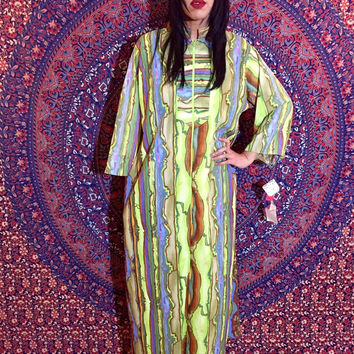Vintage 60s Long Psychedelic Lisanne Exclusive Design Polyester Maxi Robe Kaftan with Pockets M // L