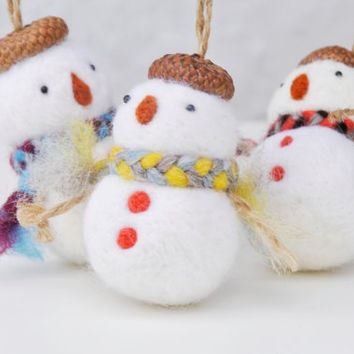 Christmas ornament set, snowman ornament set of 3. Needle felted snowman ornament.