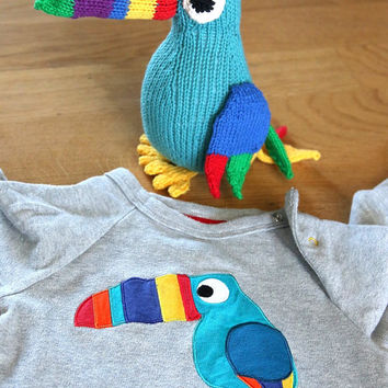 Toucan knitting pattern, easy toy bird knitting pattern PDF download, cute DIY toy pattern