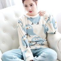 Women 2 Piece Soft Plush Pajama Set