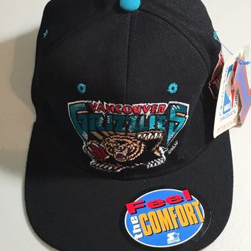 VANCOUVER GRIZZLIES NBA BLACK FITTED HAT SIZE 1 (6 5/8 - 7 1/8) SHIPPING