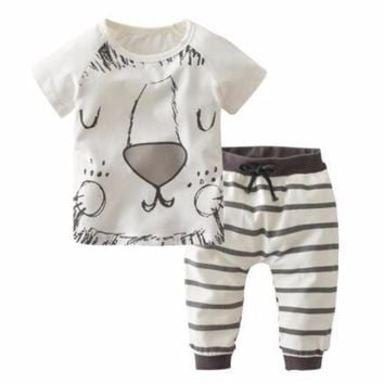 Adorable Gray/White Cartoon Tiger Face Newborn Baby Boys 2Pc Shirt and Pants Clothing Set