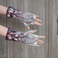Hand felted mittens in shadows of gray, decorated with beautiful silk fabric, wool curls and silk fibers. OOAK