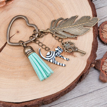 Doreen Box Antique Bronze Key Chains&Key Rings vintage feather heart Key Pendant Stripe Cat Tassel Pendants Mint Green Keychain