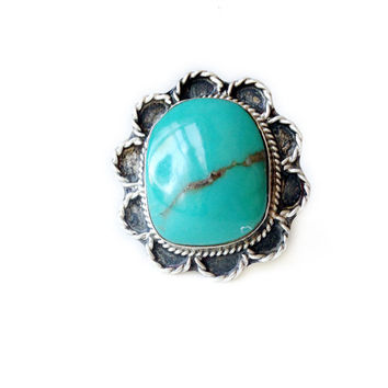 Vintage Blue Turquoise Ring w/ Scalloped Edge and Golden Matrix // Native American turquoise jewelry,American Indian Navajo ring, Size 5 - 8