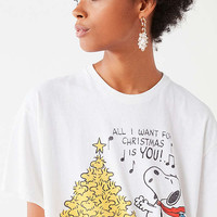 Junk Food Snoopy Holiday Tee | Urban Outfitters