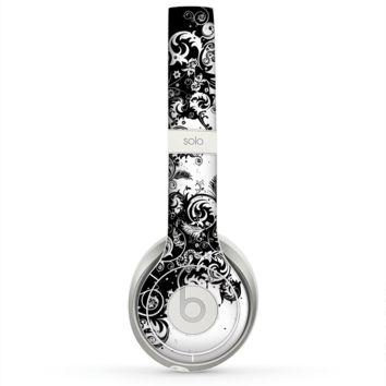 The Abstract Black & White Swirls Skin for the Beats by Dre Solo 2 Headphones
