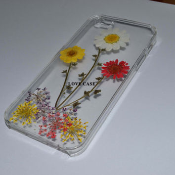 Floral iphone 5 5s 4 4s 5c case cover, Dried Dry daisies Pressed Press Flowers Yellow, white, red daisy resin Clear Garden