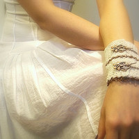 Women's Crochet Cuff Bracelet, Ivory, Cotton Crochet Yarn, Toggle Clasp, Copper, Chain