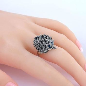 Vintage Punk Unique Carved Antique Silver Hedgehog Lucky Rings for Women Boho Beach European Wedding Party Birthday Jewelry