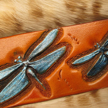 Dragonflies leather keychain , leather key holder , dragonflies fob , key ring