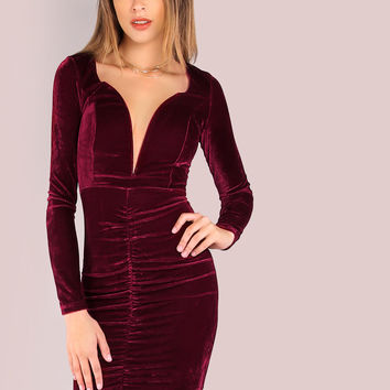 Sleeved Ruched Velvet Plunge Bodycon Dress WINE | MakeMeChic.COM